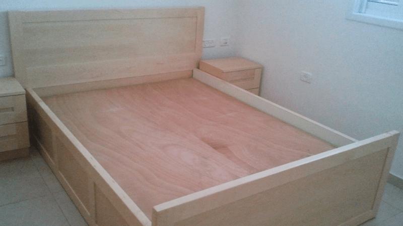 מיטה מייפל עם 2 שידות