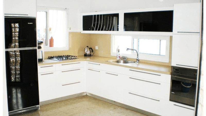 עיצוב מטבחים בלבן